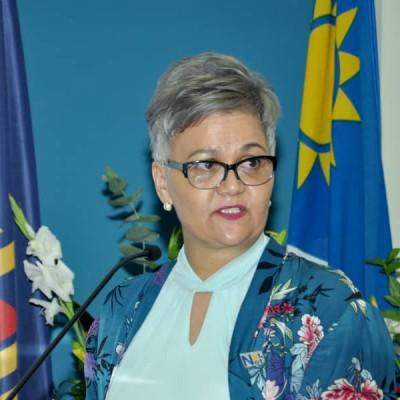 Dr Delvaline  Mowes